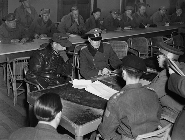 General Reichilt and Canadian Lieutenant-General Foulkes during preliminary negotiations